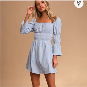 NWT Lulus Lunch Date Gingham Bell Sleeve Dress